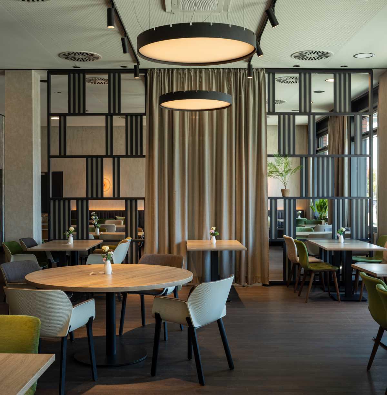 K1600_20200624_064_Prasch Buken Partner Architekten ©DUCKEK NH Hotels niu Hotels Mannheim__G9A5712-Pano